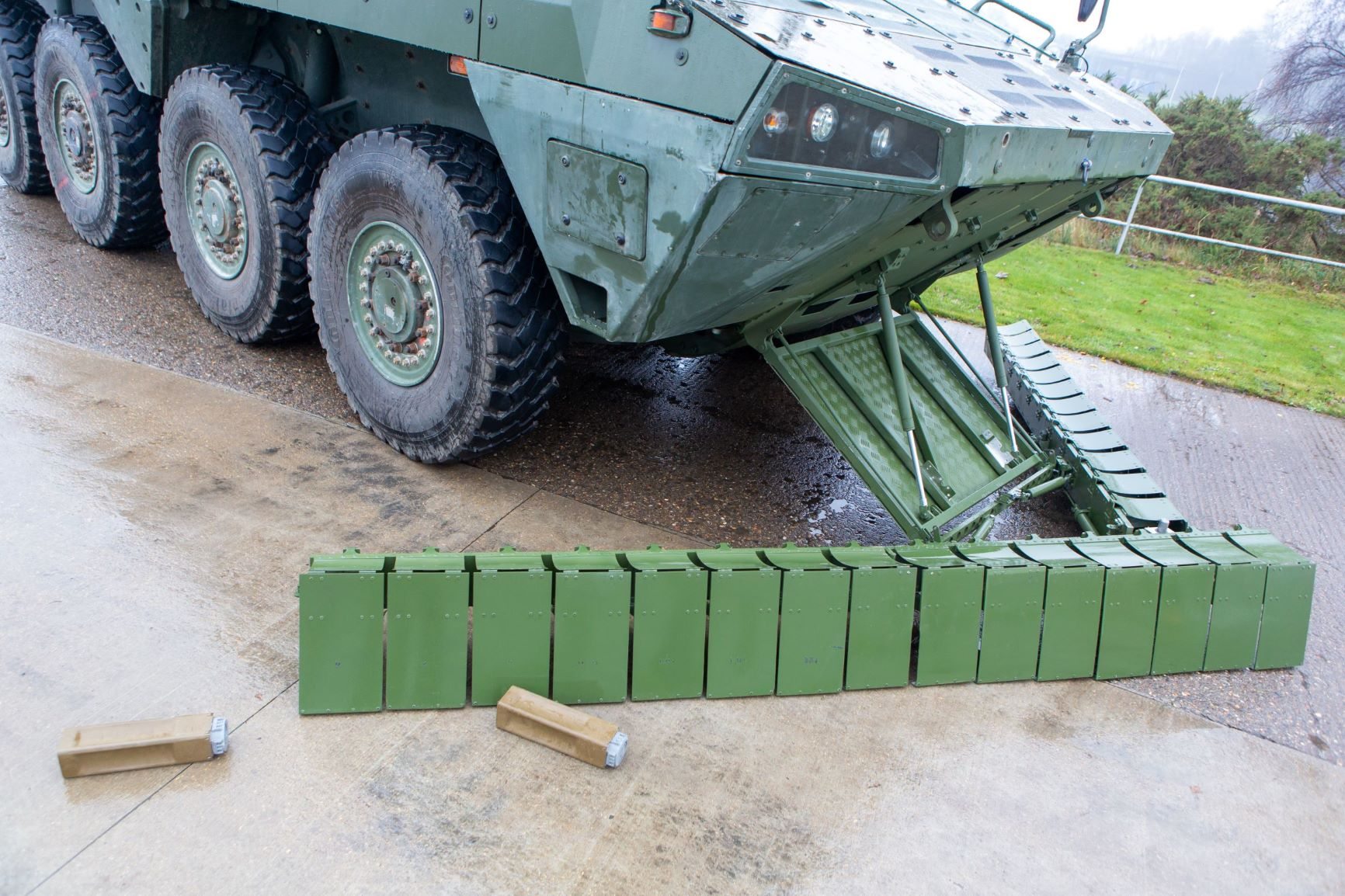 Threat-Pathway provides military vehicles urgent self-extraction when surface laid mines are encountered.